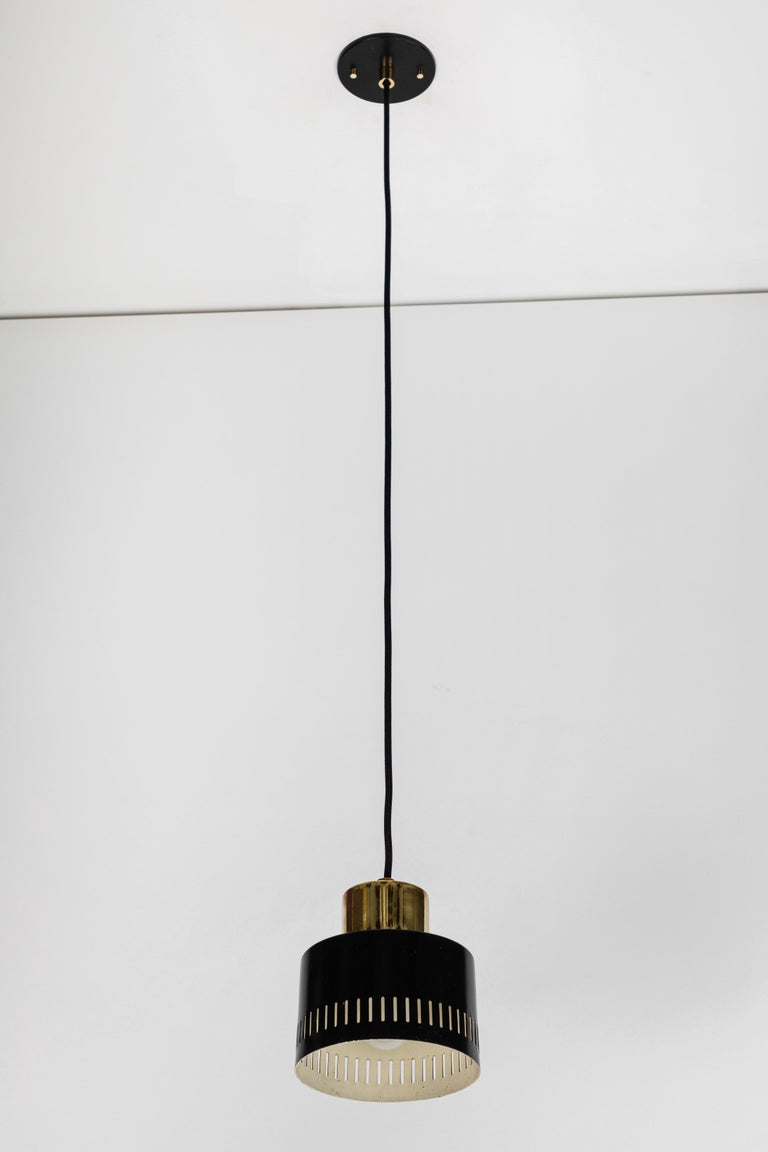 1950s Italian Pendant in Black and Brass Attributed to Stilnovo For Sale 3