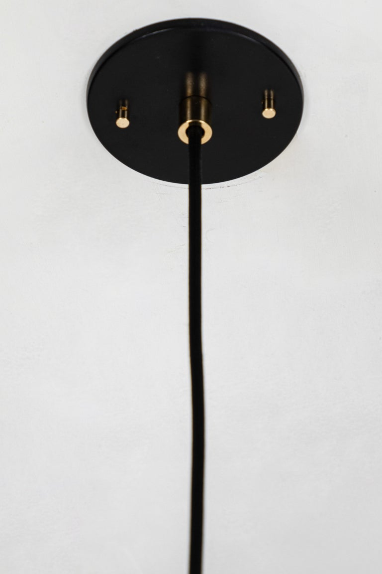 1950s Italian Pendant in Black and Brass Attributed to Stilnovo For Sale 4