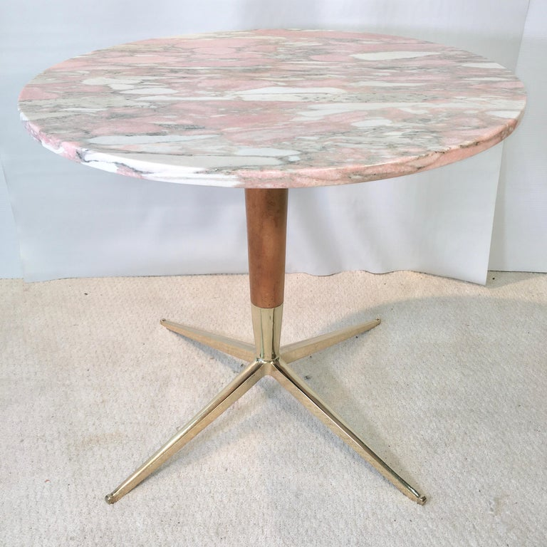 1950s Italian Pink Marble and Brass Pedestal Table For Sale 2