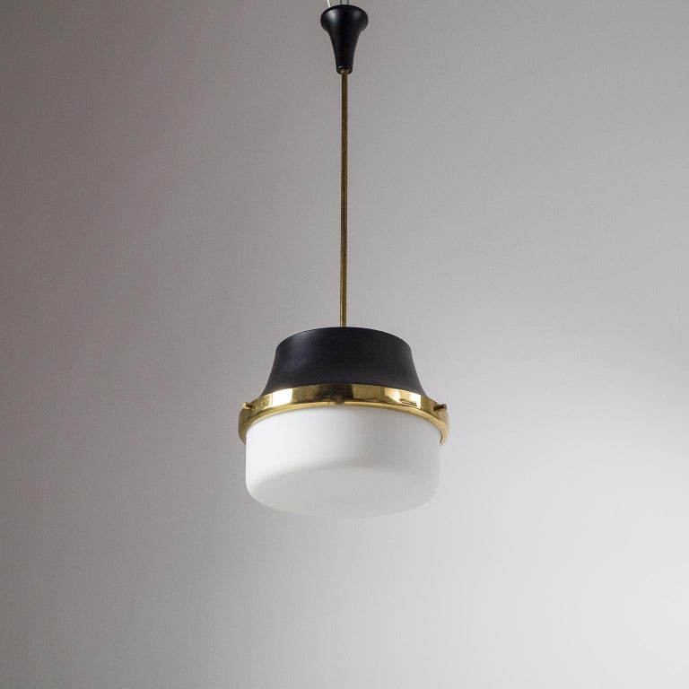 1950s Italian Satin Glass Pendant In Good Condition For Sale In Vienna, AT
