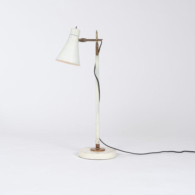 Mid-Century Modern 1950s Italian Telescoping Floor or Desk Lamp by Giuseppe Ostuni for O-Luce For Sale