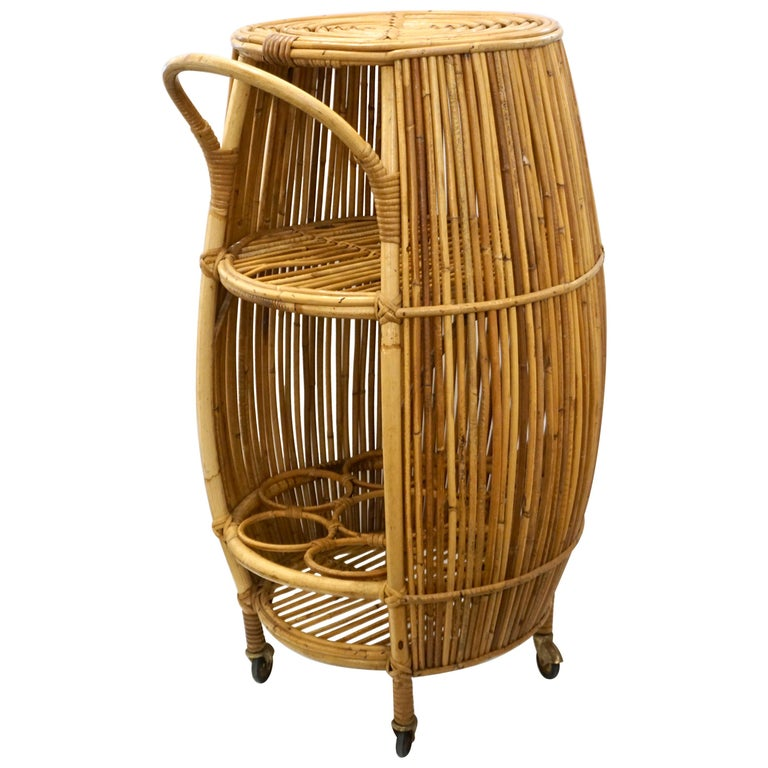 1950s Italian Vintage Mid-Century Modern Natural Rattan Cylindrical Bar Trolley For Sale