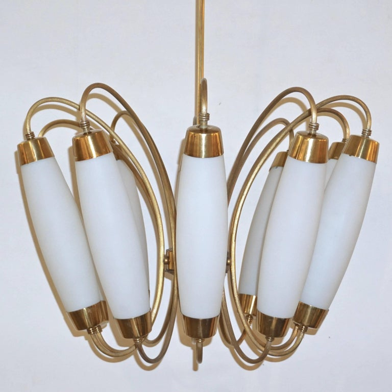Hand-Crafted 1950s Italian Vintage Stilnovo Style White Glass Ten-Light Brass Chandelier For Sale