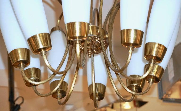 1950s Italian Vintage Stilnovo Style White Glass Ten-Light Brass Chandelier For Sale 3