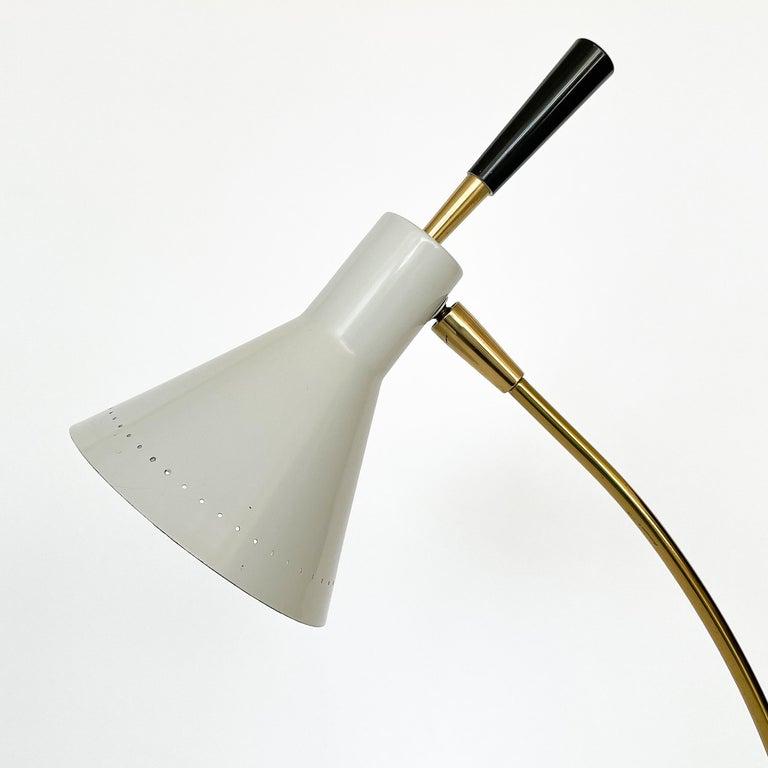 1950s Italian White Enamel and Brass Desk Lamp For Sale 6