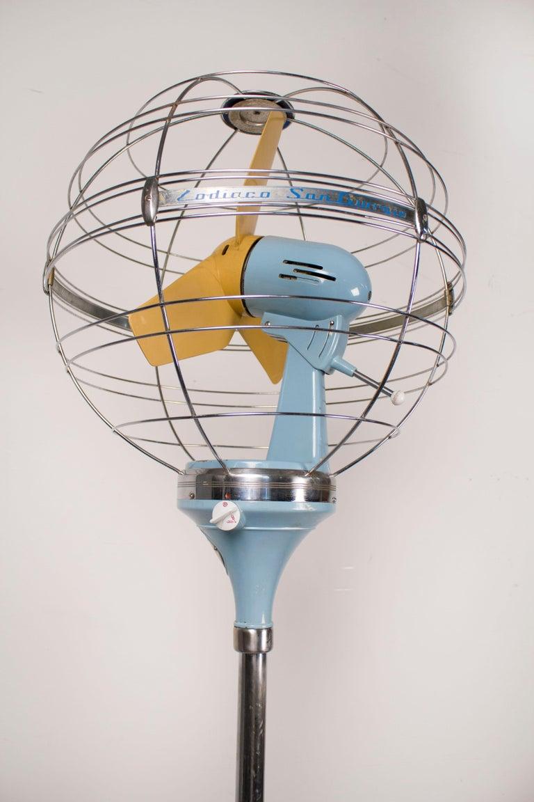 20th Century 1950s Italian Zodiac Rotary Floor Fan produced by San Giorgio For Sale