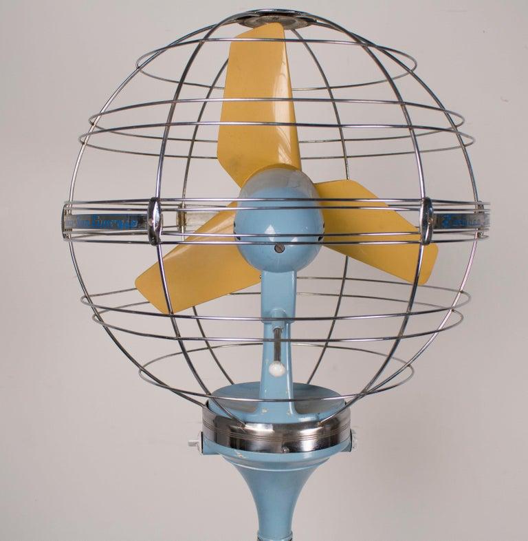 1950s Italian Zodiac Rotary Floor Fan produced by San Giorgio For Sale 3