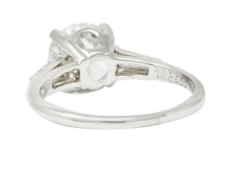 Brilliant Cut 1950's J.E. Caldwell 1.81 Carats Diamond Platinum Three Stone Engagement Ring For Sale