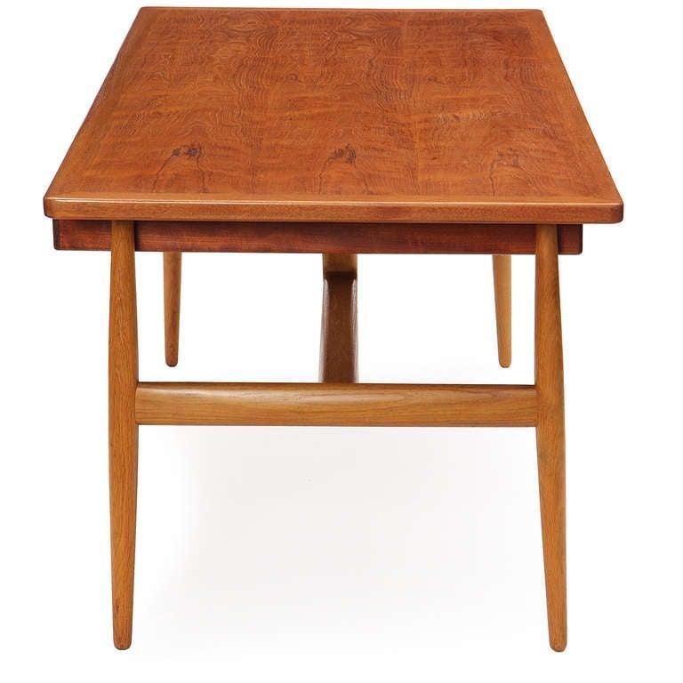 Scandinavian Modern 1950s JH-563 Wishbone Writing Desk by Hans J. Wegner for Johannes Hansen For Sale