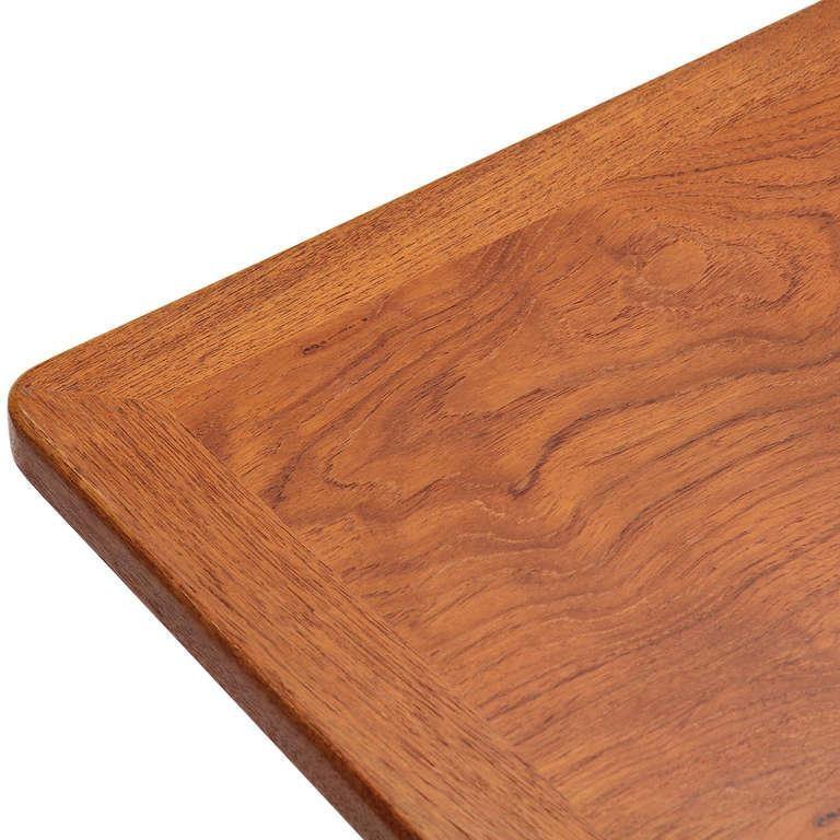 1950s JH-563 Wishbone Writing Desk by Hans J. Wegner for Johannes Hansen For Sale 1