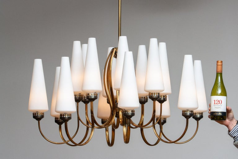 1950s, Large Brass Chandelier by Stilnovo with Large White Murano Vases, Italy For Sale 7