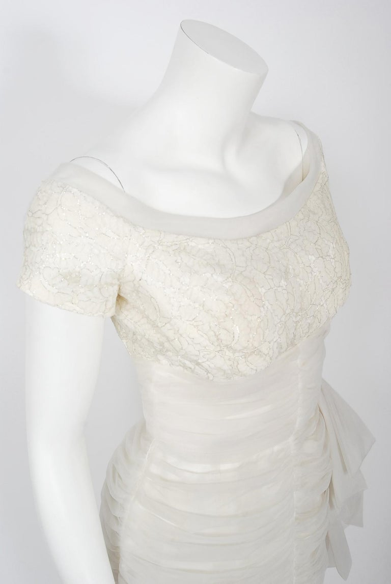Vintage 1950's Lilli Diamond White Chiffon & Metallic Lace Ruched Cocktail Dress In Good Condition For Sale In Beverly Hills, CA
