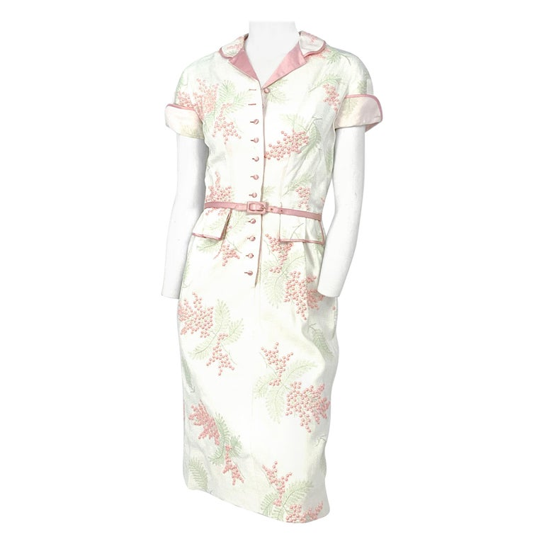 1950s Linen Floral Embroidered Dress For Sale
