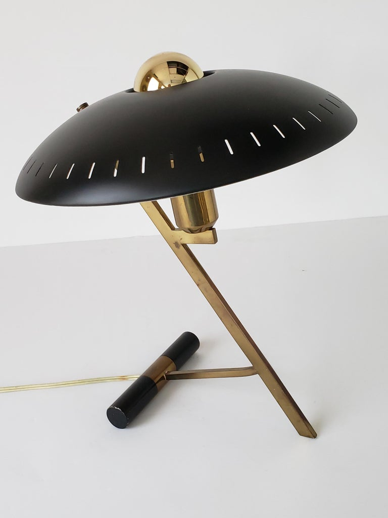 1950s Louis Kalff  'Z' Table Lamp, Holland In Good Condition For Sale In St- Leonard, Quebec