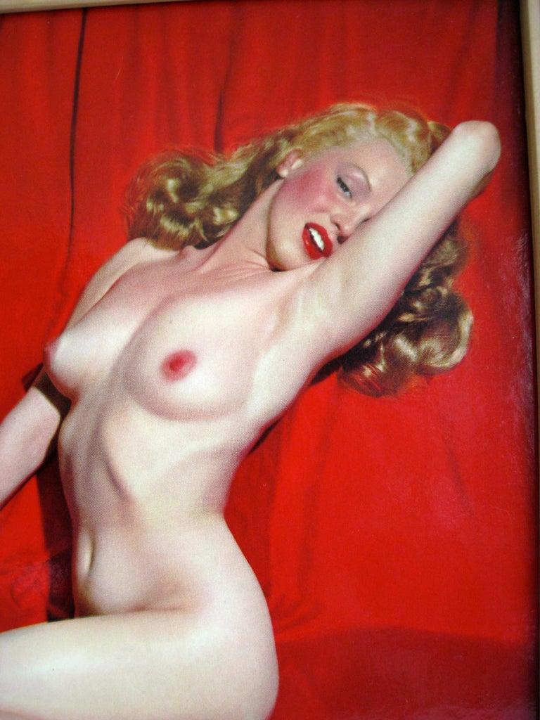 Wood 1950s Marilyn Monroe Red Velvet Pin-Up