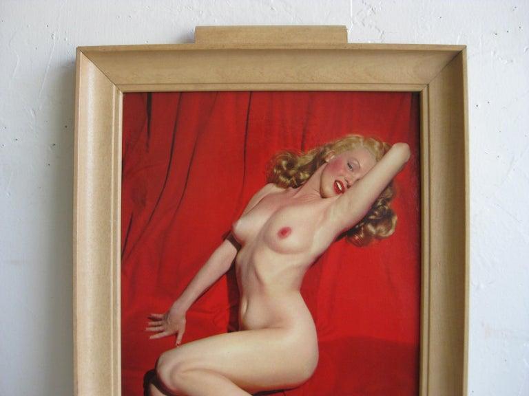 Vintage bar serving tray featuring Marilyn Monroe on red velvet, titled