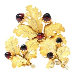 1950s Mario Buccellati Garnet and Gold Acorn and Leaf Brooch and Earclips