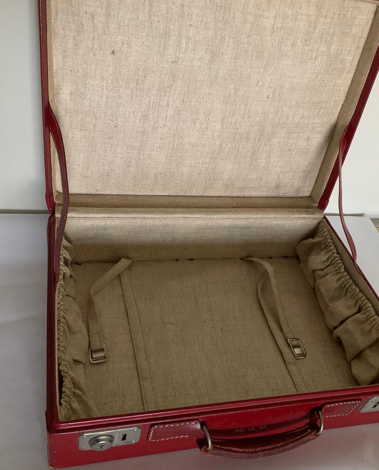 Mid-20th Century 1950s Mark Cross Red Leather Suitcase For Sale