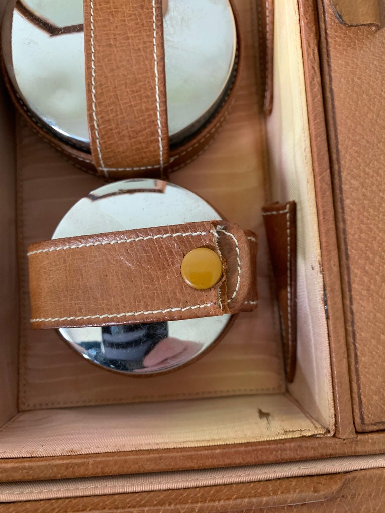 1950s Mark Cross Tan Leather Travel Dual Vanity Train Case For Sale 10