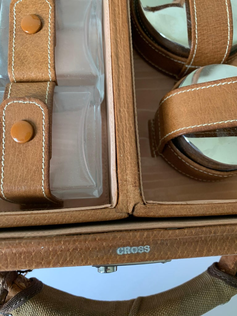 1950s Mark Cross Tan Leather Travel Dual Vanity Train Case For Sale 11