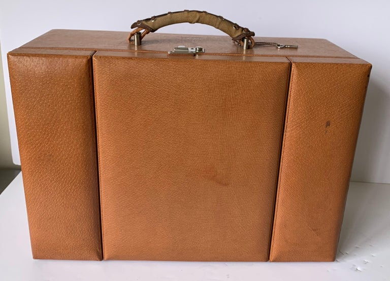 American 1950s Mark Cross Tan Leather Travel Dual Vanity Train Case For Sale