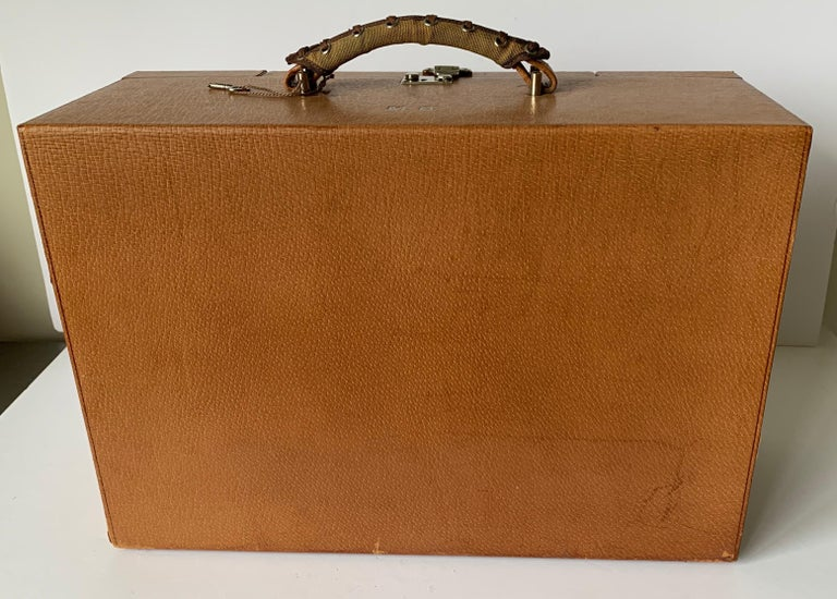 Mid-20th Century 1950s Mark Cross Tan Leather Travel Dual Vanity Train Case For Sale