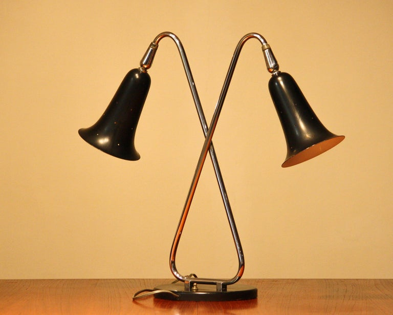 1950s Metal Black Lacquered and Chromed Desk/Table Lamp Made in the USA 4