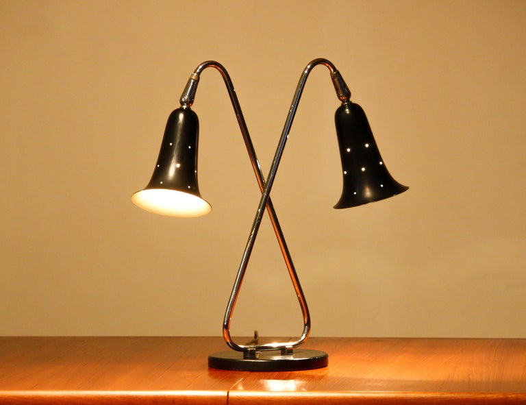 Central American 1950s Metal Black Lacquered and Chromed Desk/Table Lamp Made in the USA