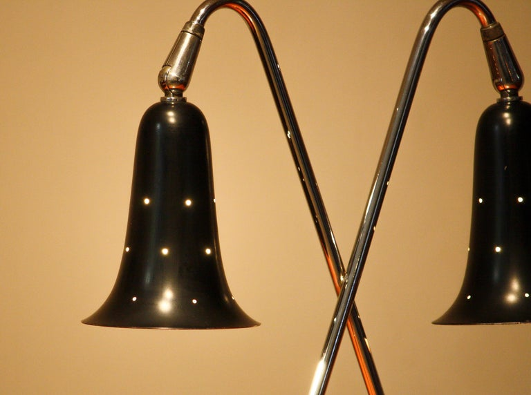 1950s Metal Black Lacquered and Chromed Desk/Table Lamp Made in the USA 1
