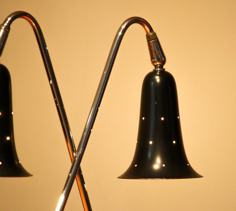 1950s Metal Black Lacquered and Chromed Desk/Table Lamp Made in the USA 2