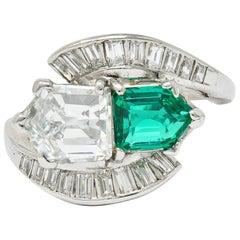 1950's Mid-Century 3.46 Carats Diamond Emerald Platinum Cocktail Ring