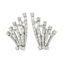 1950's Mid-Century 9.50 Carats Diamond Platinum Fanned Ear-Clip Earrings