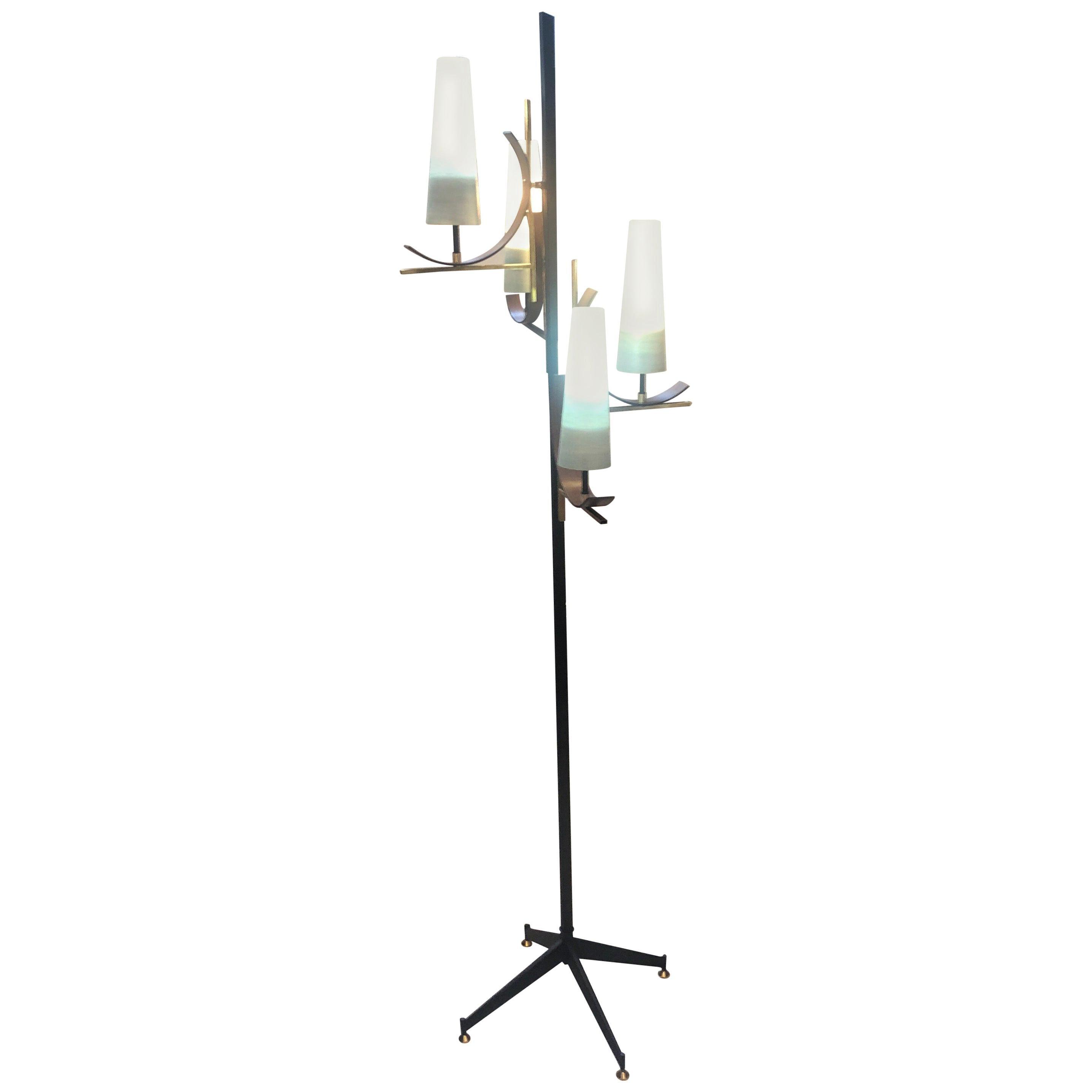 1950s Mid-Century Modern Italian Floor Lamp in the Manner of Stilnovo