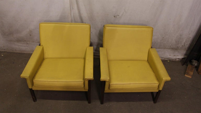Wondrous 1950S Mid Century Modern Pair Of Yellow Faux Leather And Gmtry Best Dining Table And Chair Ideas Images Gmtryco