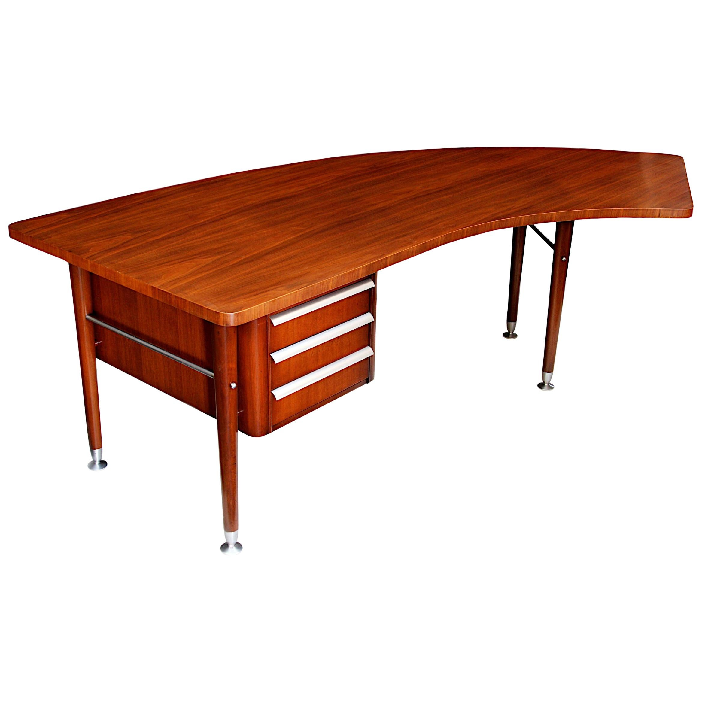 1950s Mid-Century Modern Sigma Series Boomerang Executive Desk by Stow Davis