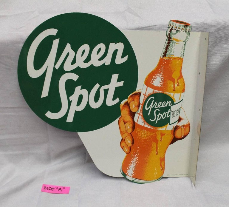 1950s NOS Green Spot Orange Soda Double-Sided Advertising Tin Flange Sign In Good Condition For Sale In Orange, CA