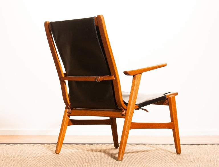 1950s, Oak and Leatherette Hunting Lounge Chair 'Ulrika' by Östen Kristiansson For Sale 5