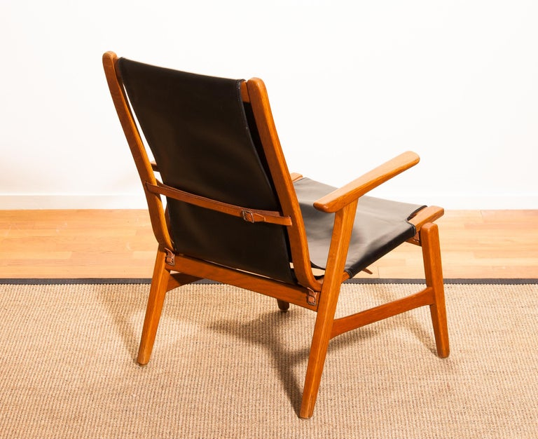 1950s, Oak and Leatherette Hunting Lounge Chair 'Ulrika' by Östen Kristiansson For Sale 6