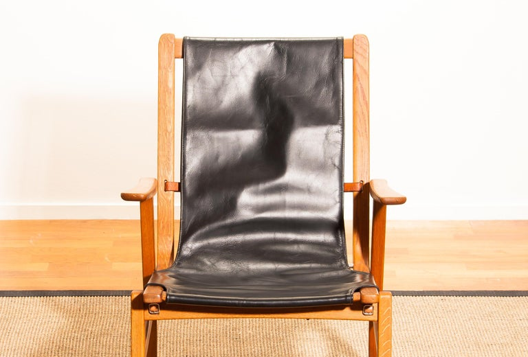 1950s, Oak and Leatherette Hunting Lounge Chair 'Ulrika' by Östen Kristiansson For Sale 7