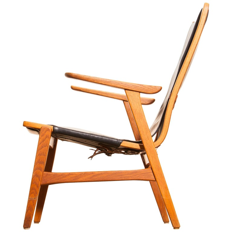 1950s, Oak and Leatherette Hunting Lounge Chair 'Ulrika' by Östen Kristiansson For Sale 3