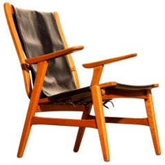 1950s, Oak and Leatherette Hunting Lounge Chair 'Ulrika' by Östen Kristiansson