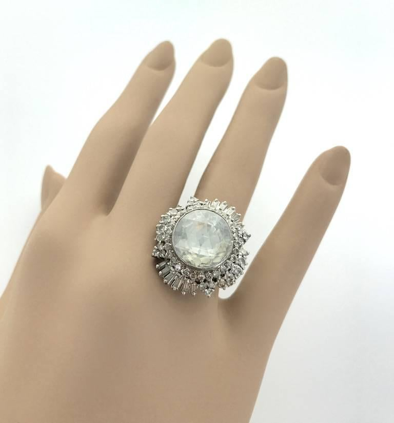 1950S Oversized Antique Rose Cut Diamond Indian Ring In Excellent Condition In Geneva, CH