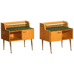 1950s, Pair Italian Nightstands in Maple with Brass Legs by Paolo Buffa