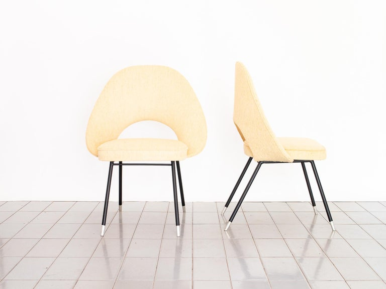 1950s Pair of Armchairs in Iron and Bouclé, Brazilian Mid-Century Modern In Excellent Condition For Sale In Sao Paulo, SP