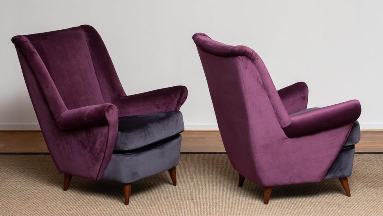 Mid-Century Modern 1950s Pair of Lounge / Easy Chairs Designed Gio Ponti Made by ISA Bergamo, Italy For Sale