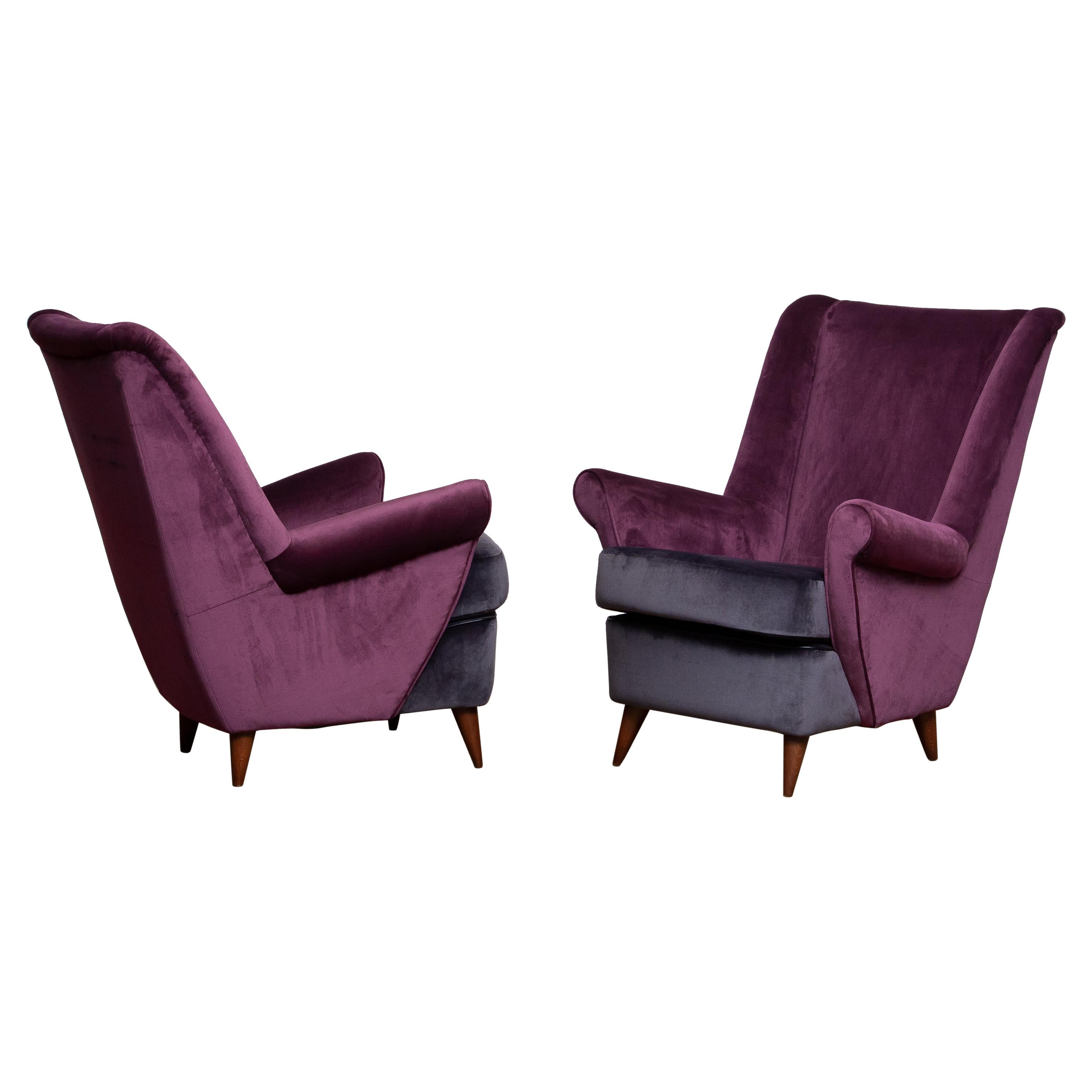 1950's Pair of Lounge / Easy Chairs Designed Gio Ponti Made by ISA Bergamo Italy