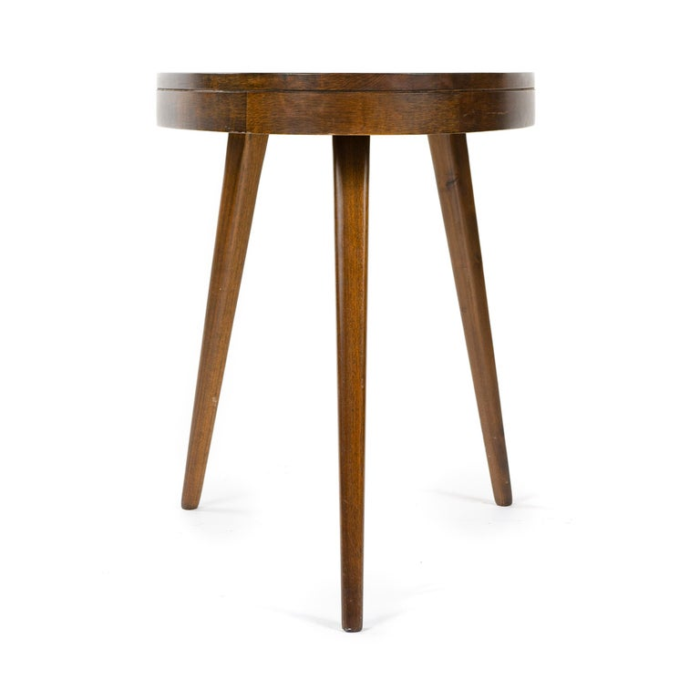 Mid-20th Century 1950s Pair of Walnut Side Tables For Sale