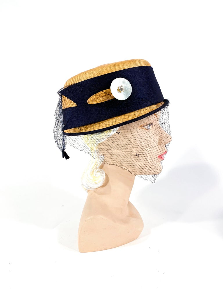 Beige 1950s Panama Pill Box with Veil For Sale