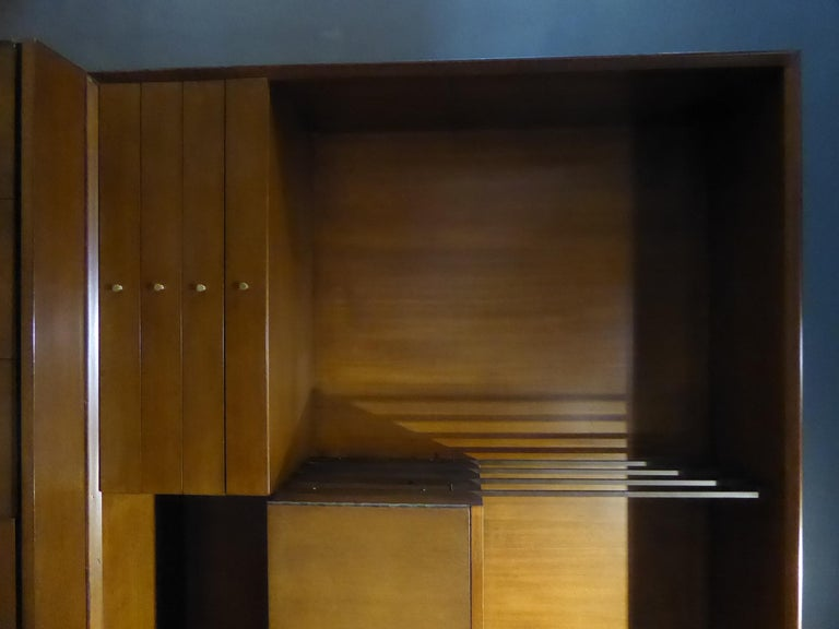 Mid-Century Modern 1950s Paul McCobb Irwin Collection Mahogany and Brass Credenza/Wall Unit For Sale