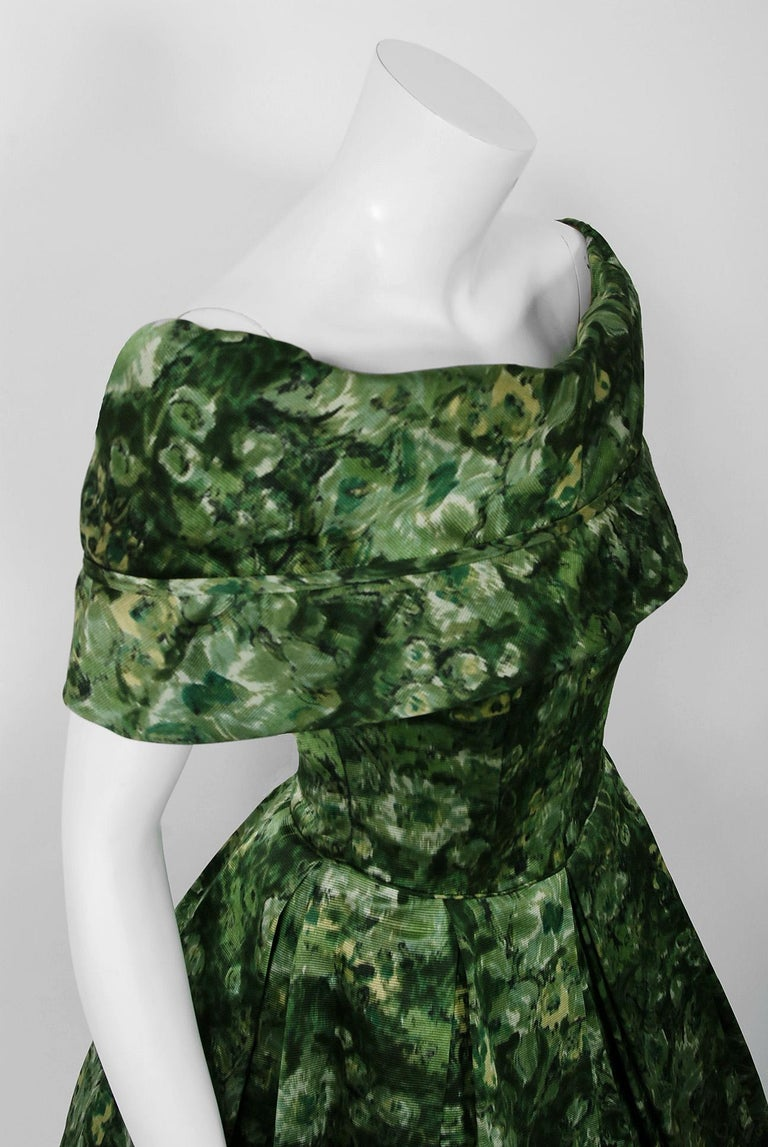 Vintage 1950's Peggy Hunt Green Floral Silk Portrait-Collar Pleated Full Dress  In Good Condition For Sale In Beverly Hills, CA